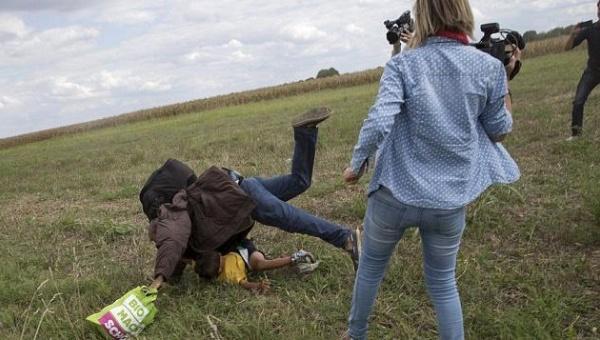 camerawoman_trips_refugees_in_hungaryx_she_fired_crop1441748736015.jpg_1718483346