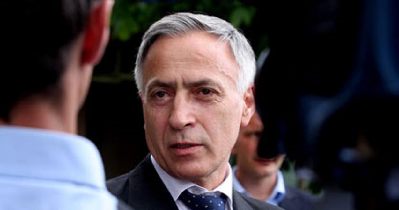 Jakup Krasniqi Shkruan