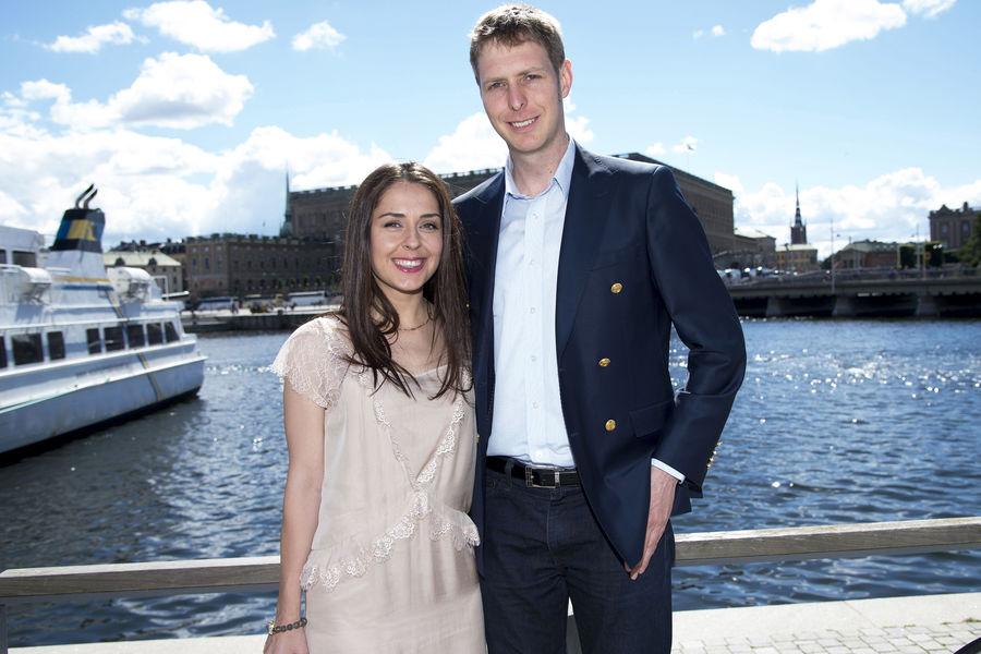 Le-prince-Leka-II-d-Albanie-et-sa-fiancee-Elia-Zaharia-a-Stockholm-le-4-juillet-2016