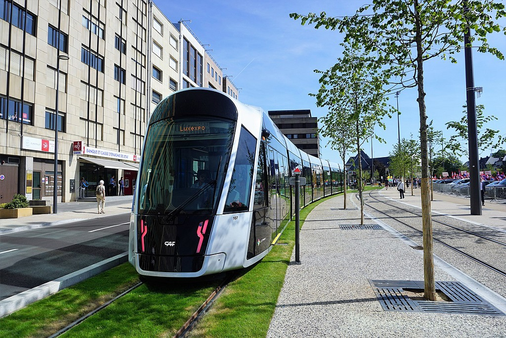 Luksemburgu vendi i parë në botë me transport publik falas